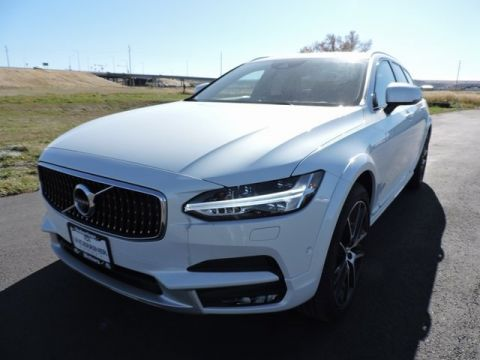 New Volvo V90 Cross Country T6 AWD